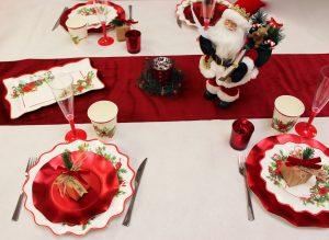 4 astuces pour créer une décoration de table de Noël