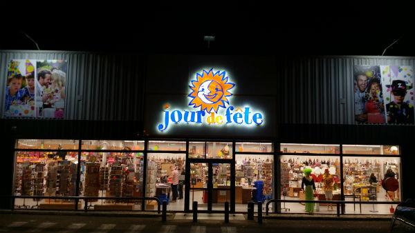 Magasin Déguisements Et Articles De Fête À Dijon – Jour De Fête